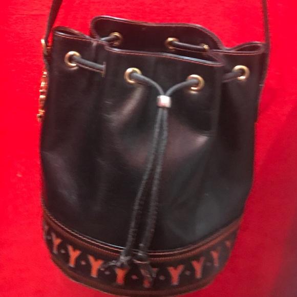 Vintage YSL bucket drawstring handbag. M 5a95eb3dfcdc31c8e38e458c 5f1cf84dbc902